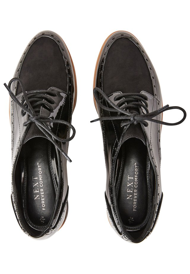 FOREVER COMFORT® BROGUE DETAIL CHUNKY SOLE LACE-UPS - Chaussures à lacets - black