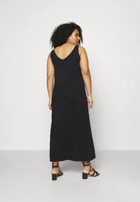 ONLY Carmakoma - CARAPRIL LIFE V-NECK DRESS - Jersey dress - black - 2