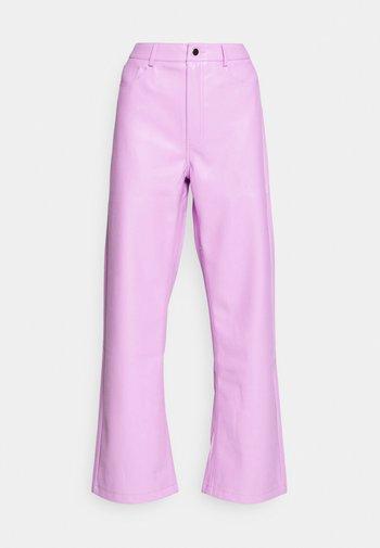 HIGH WAIST PANTS - Kalhoty - lilac