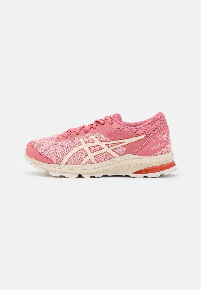 GT-1000 10 UNISEX - Stabilní běžecké boty - smokey rose/pearl pink