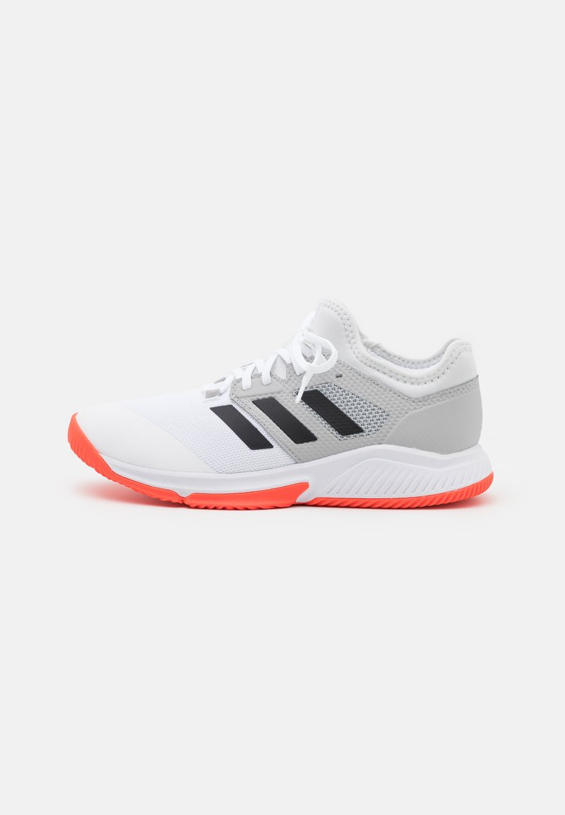 adidas Performance - COURT TEAM BOUNCE INDOOR SHOES - Käsipallokengät - footwear white/core black/solar red