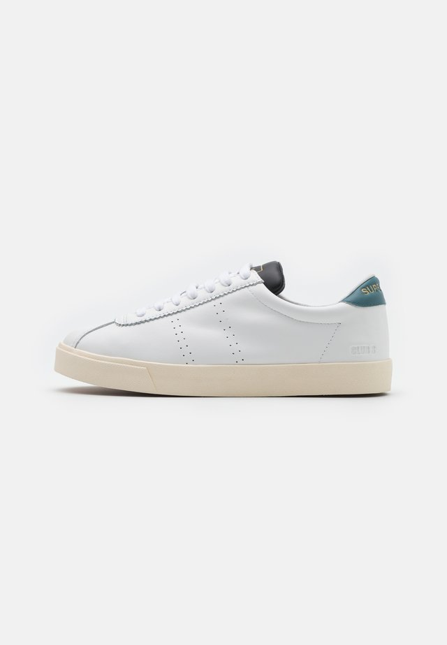 2843  - Sneakers laag - white/green teal
