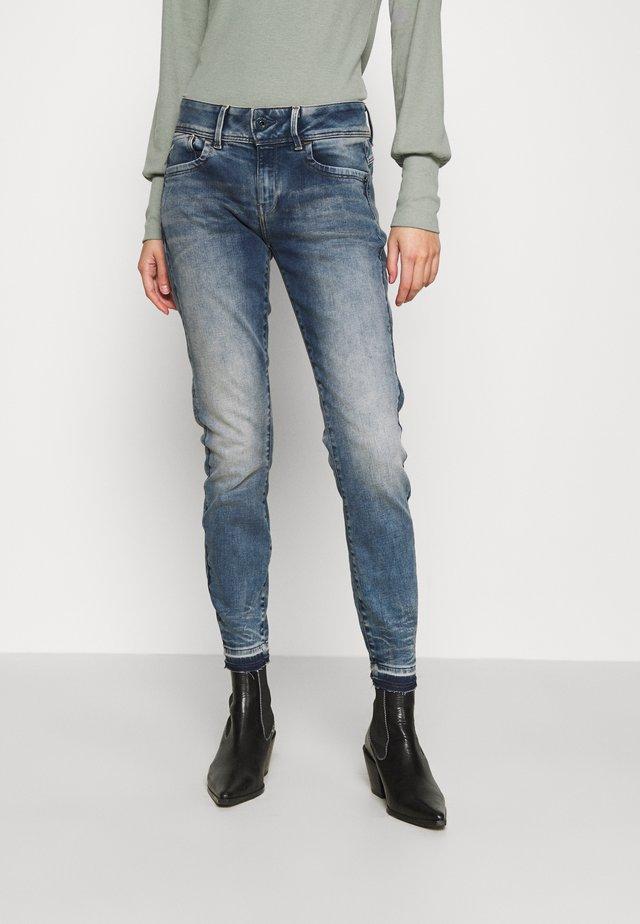 LYNN MID SKINNY RP ANKLE WMN - Skinny džíny - antic faded kyanite