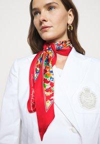 Lauren Ralph Lauren - DELINA  - Scarf - lipstick red - 1