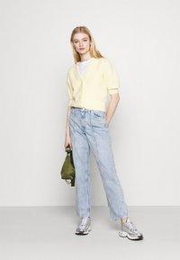 Monki - Jeans a sigaretta - light blue - 1