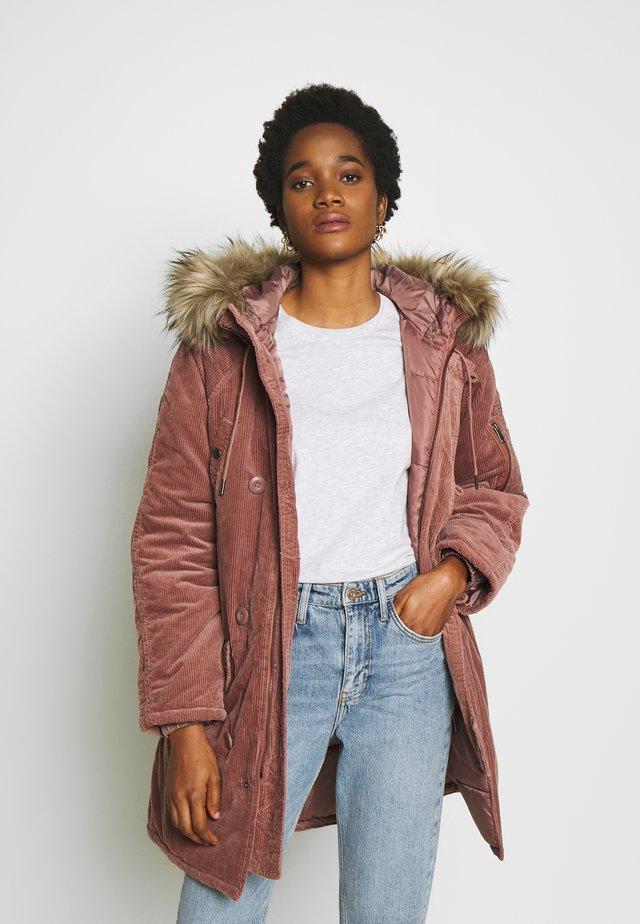 Płaszcz zimowy - blush