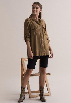 Button-down blouse - ermine