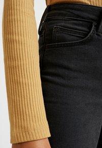 KIOMI - BODYSUIT - Bluzka z długim rękawem - light brown - 5