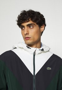Lacoste - Summer jacket - sinople/abysm/flour - 3