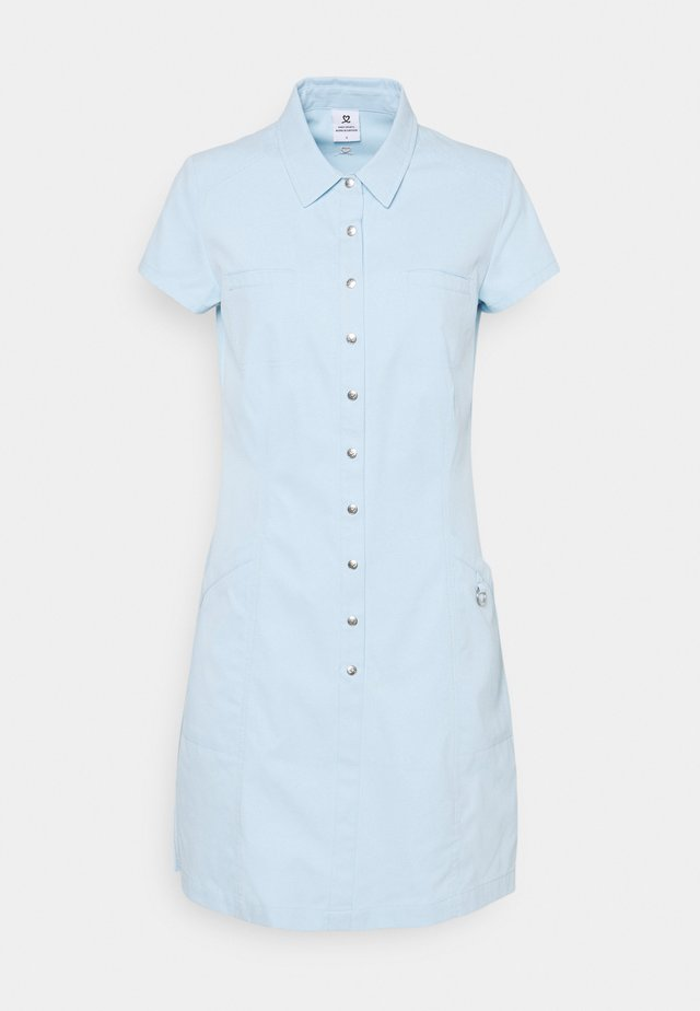 LYRIC CAP DRESS - Sportklänning - breeze