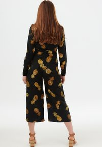 Sugarhill Brighton - SIENNA PINEAPPLE BATIK - Jumpsuit - black - 1