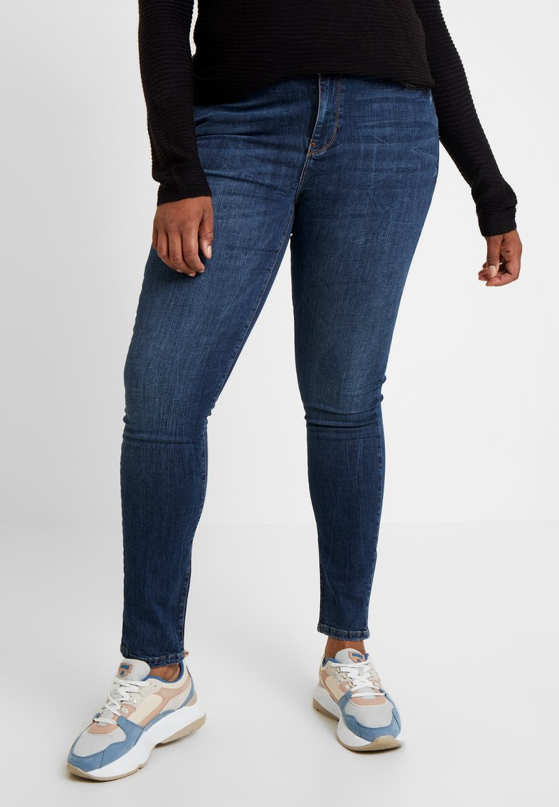 Vero Moda Curve - Jeans slim fit - dark blue denim