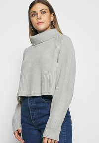 Missguided - ROLL NECK BATWING CROP JUMPER - Jumper - grey - 3