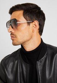Gucci - Okulary przeciwsłoneczne - black - 1