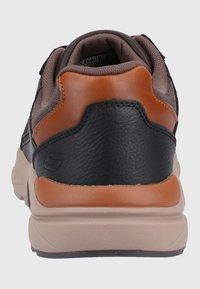 Skechers Sport - Sneaker low - brown - 3