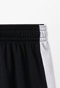 Nike Performance - DRY ACADEMY  - kurze Sporthose - black/white - 2