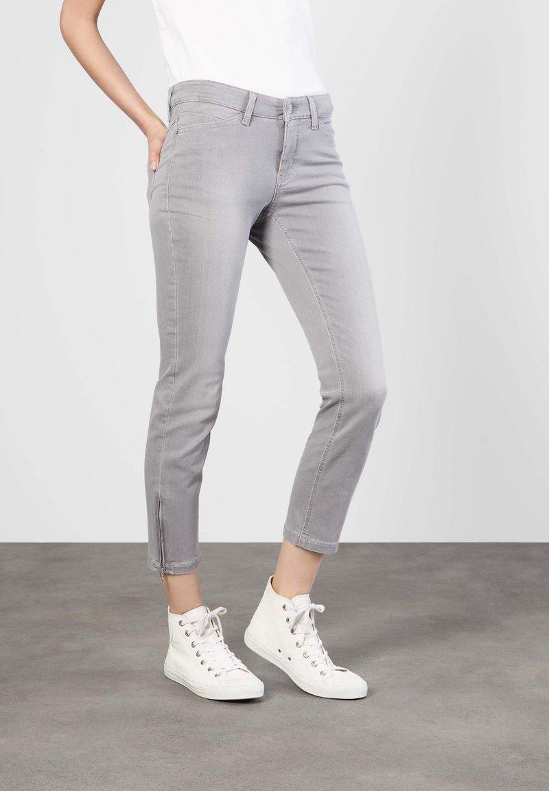 MAC Jeans - GRAUTÖNE - Slim fit jeans - grey