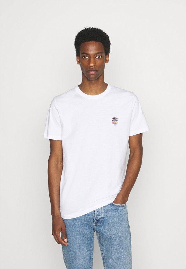 SLHFATE CAMP O NECK TEE - T-shirt print - bright white
