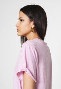 G-Star - LASH FEM LOOSE - Basic T-shirt - lavender pink - 3