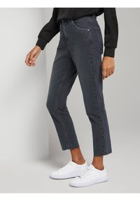 mine to five TOM TAILOR - Jeans Tapered Fit - grey - 3