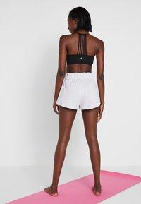 Cotton On Body - WALK SHORT - Sports shorts - grey - 2