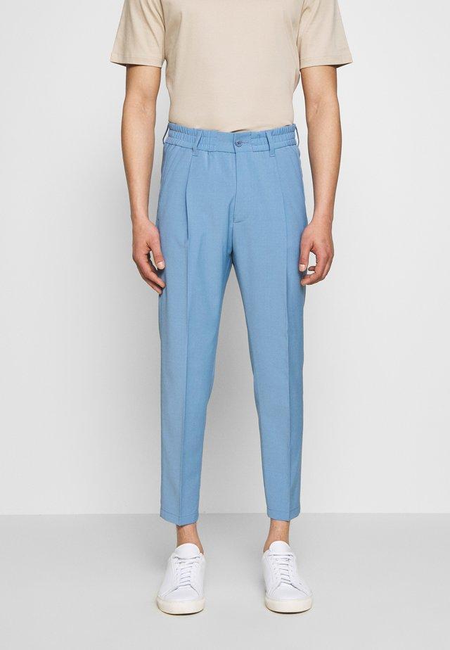 CHASY - Spodnie garniturowe - blue