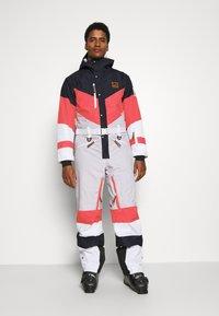 OOSC - FRANK THE TANK  - Snow pants - white - 0