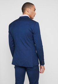 Isaac Dewhirst - FASHION SUIT - Jakkesæt - blue - 3