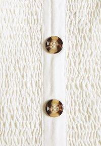 NA-KD - PAMELA REIF X NA-KD TIE STRAP SMOCKED - Top - white - 2