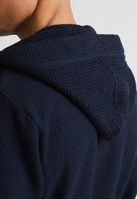 Schiesser - Dressing gown - dunkelblau - 5