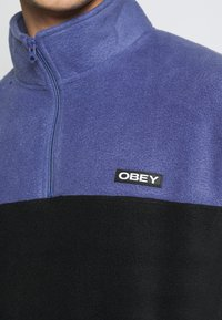Obey Clothing - EULOGY MOCK NECK ZIP - Fleecová mikina - black - 5