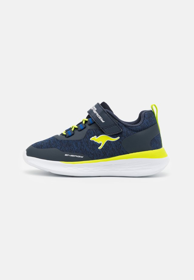 KQ-FLEET  - Sneakers laag - dark navy/lime