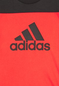 adidas Performance - TEE - T-shirt z nadrukiem - hirere/black - 2