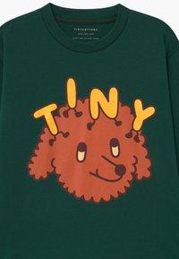TINYCOTTONS - TINY DOG TEE UNISEX - Triko spotiskem - dark green/sienna - 2