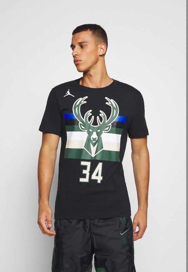 NBA MILWAUKEE BUCKS GIANNIS ANTETOKOUNMPO NAME & NUMBER TEE - Camiseta estampada - black