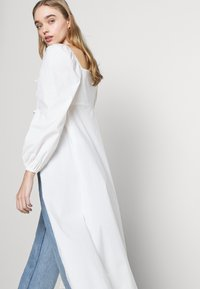 Fashion Union - MAGGIORE - Bluser - white - 5