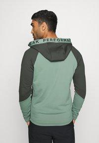 Peak Performance - RIDER ZIP HOOD - Zip-up hoodie - coniferous green - 2