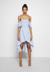 Missguided - BARDOT HIGH LOW MIDI DRESS - Sukienka koktajlowa - powder blue - 0
