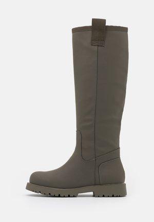 VEGAN AIRFLO - Boots - khaki