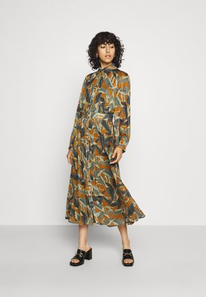 NUCALIXTA DRESS 2-IN-1 - Day dress - cathay spice