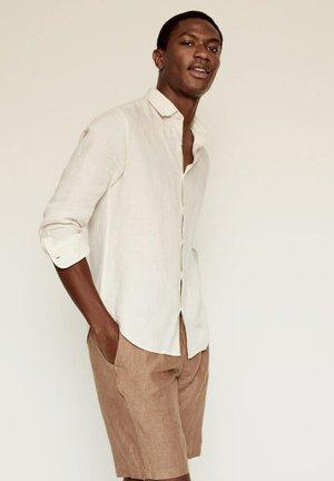 REGULAR FIT - Overhemd - ecru