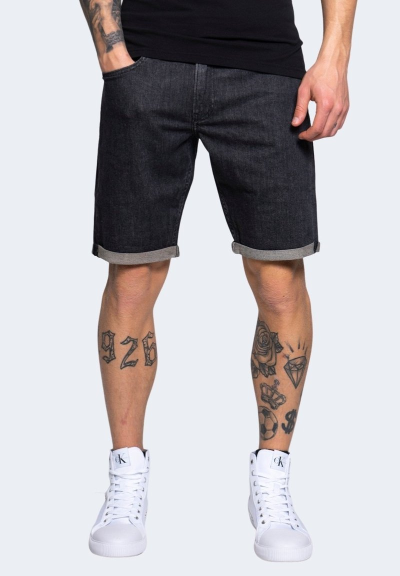 Calvin Klein Jeans - Denim shorts - black