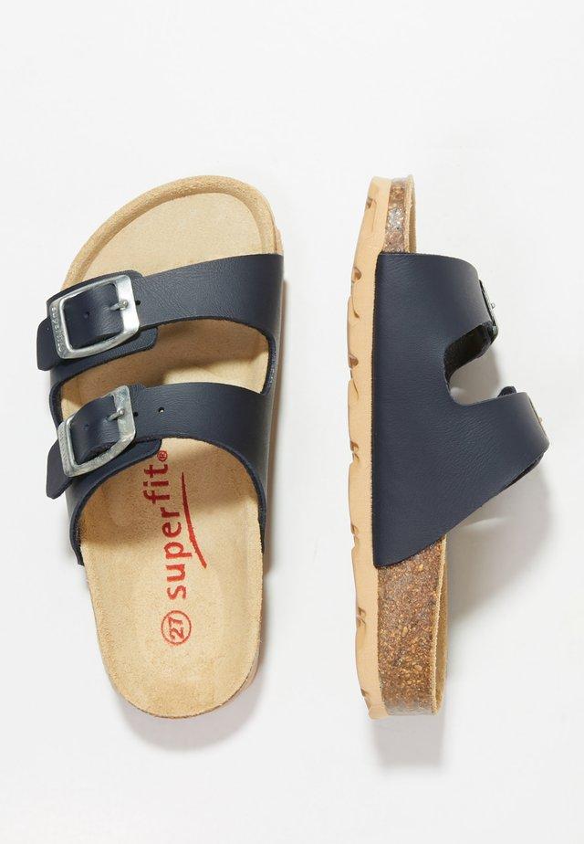 FUSSBETTPANTOFFEL - Domácí obuv - ocean