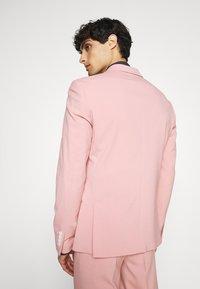 Lindbergh - PLAIN SUIT  - Puku - soft pink - 3