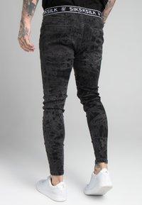 SIKSILK - DISTRESSED ELASTICATED  - Jeans Skinny Fit - black - 4