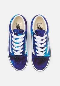 Vans - OLD SKOOL EXCLUSIVE - Tenisky - multicolor/nebulas blue/true white - 3