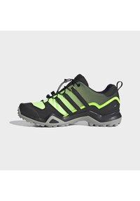 adidas Performance - TERREX SWIFT R2 HIKING SHOES - Hikingsko - green - 7