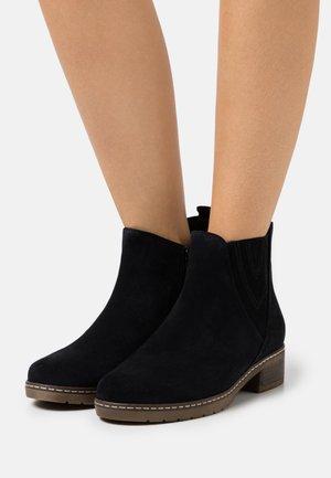 Kotníkové boty - pazifik