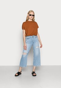 Weekday - PRIME - Basic T-shirt - dark orange - 1