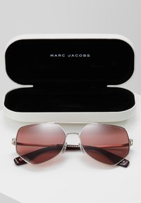 Marc Jacobs - Sunglasses - gold - 2